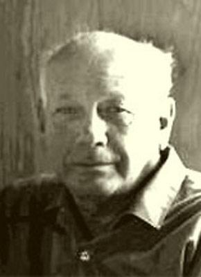 Robert Moore Williams