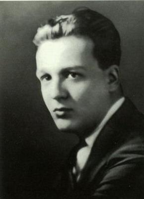 Stanley G Weinbaum